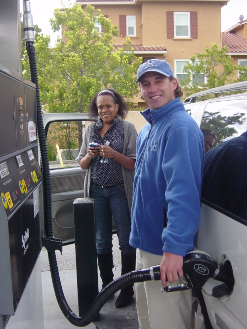 Helpful Honda Guy pumping free gas for you in Pasadena.